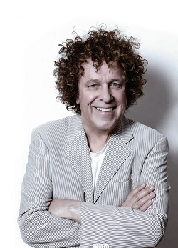 Leo Sayer - The Show Must Go On..